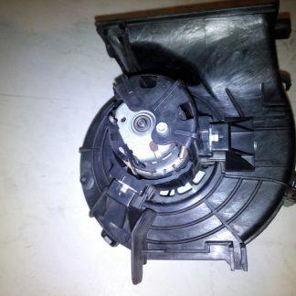 Моторчик печки Mercedes W221 (задний)
